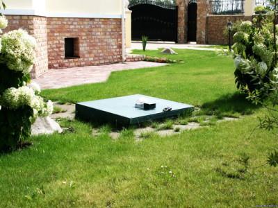 Установленная автономная канализация на участке