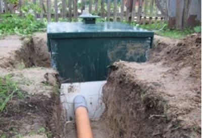 Подключение трубы канализации к септику