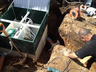 Подключение септика Юнилос Астра к трубе канализации